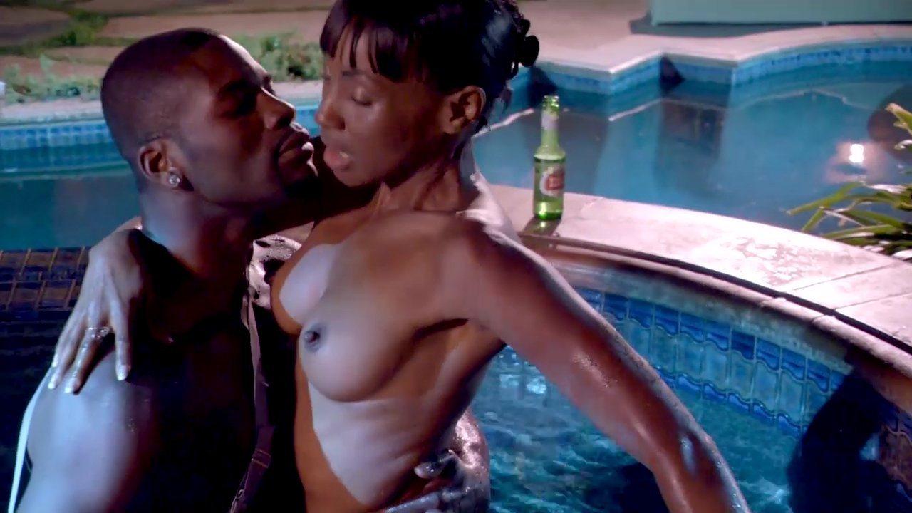 milf bikini movies
